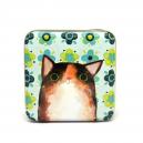 Brun katt med gröna blommor (burk)