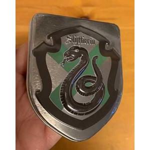 http://www.kraenku.se/shop/1234-2648-thickbox/harry-potter-platask-med-godis-slytherin.jpg